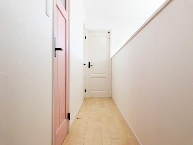 マンションの廊下をリフォーム!収納場所を増やして大満足!