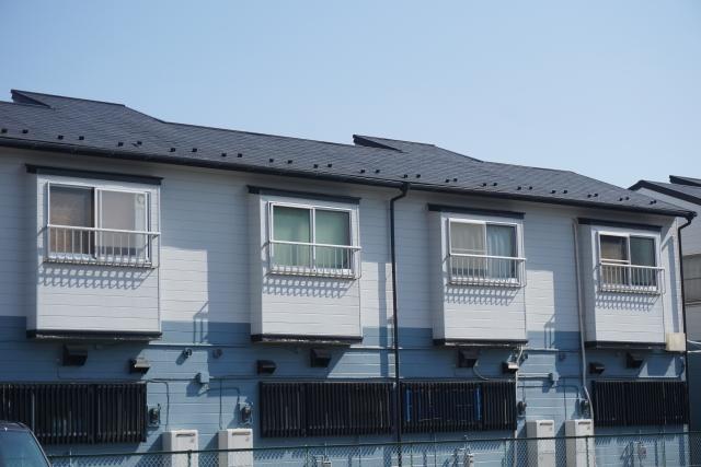 小中規模向きの軽量鉄骨アパートは費用と耐用年数がポイント