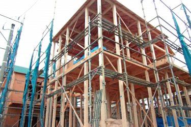 木造住宅に屋上をつくるには?雨漏りリスクに備えた家づくり