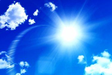 窓にアルミシートを貼って熱を遮断!暑い夏を乗り切ろう!