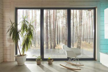 窓のカーテンレールはDIYできる!機能やデザインが豊富